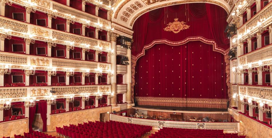 Aperture Teatri e Iniziative Varie