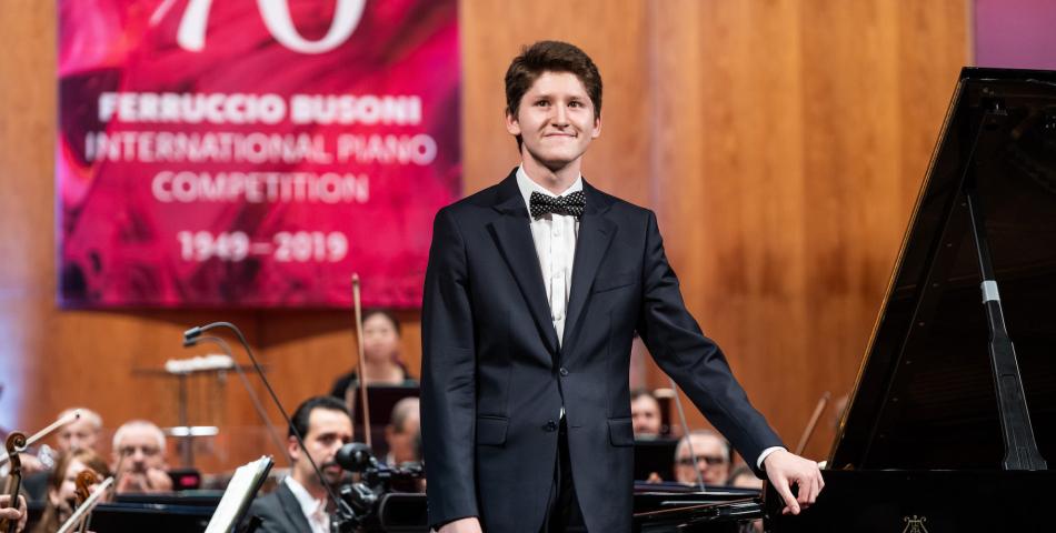Il vincitore della 62° edizione del Concorso Pianistico Internazionale Ferruccio Busoni debutta al Teatro alla Scala